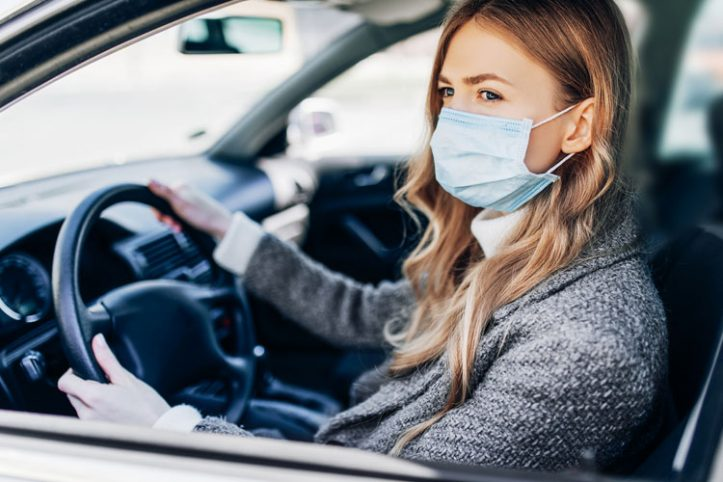 Pros-vs-Cons-of-Wearing-a-Mask-While-Driving
